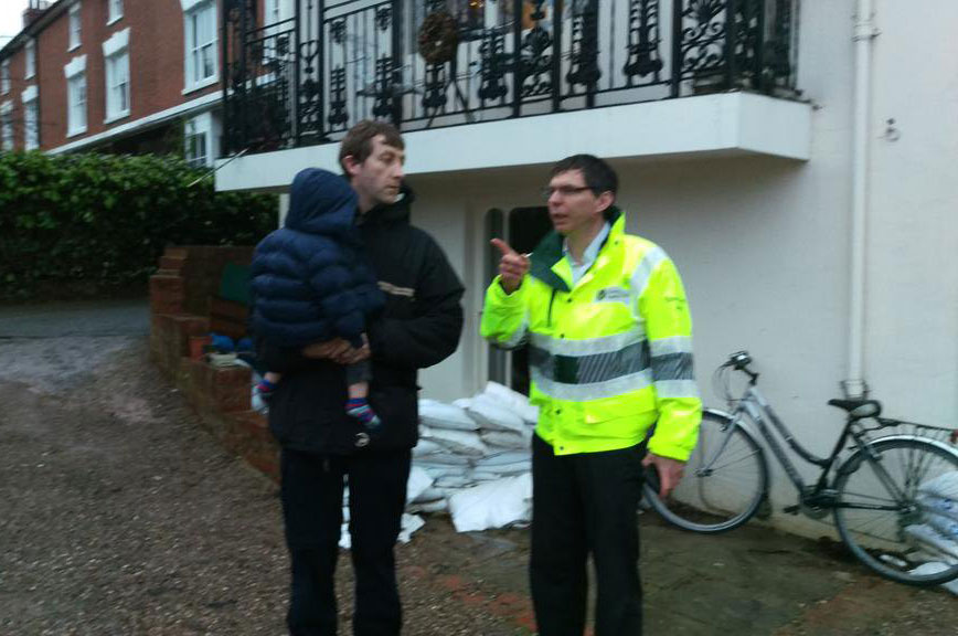 Community officer helps local residents