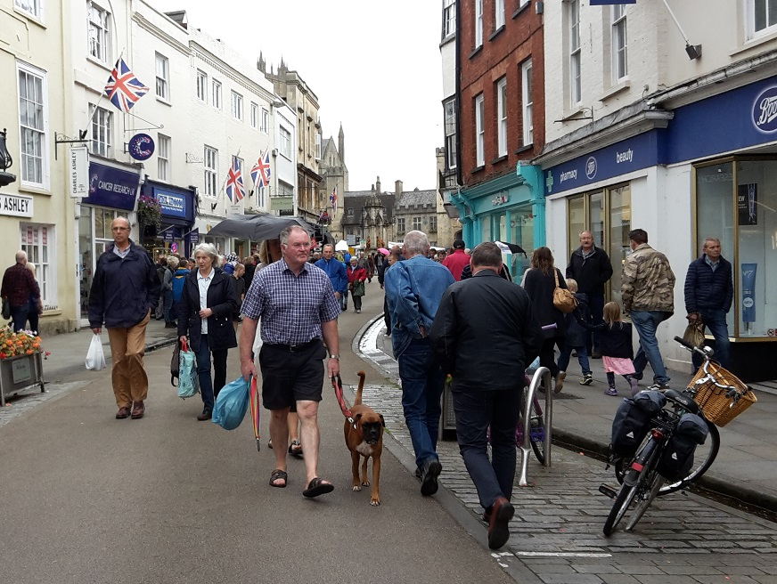 People walking in a busy High Street